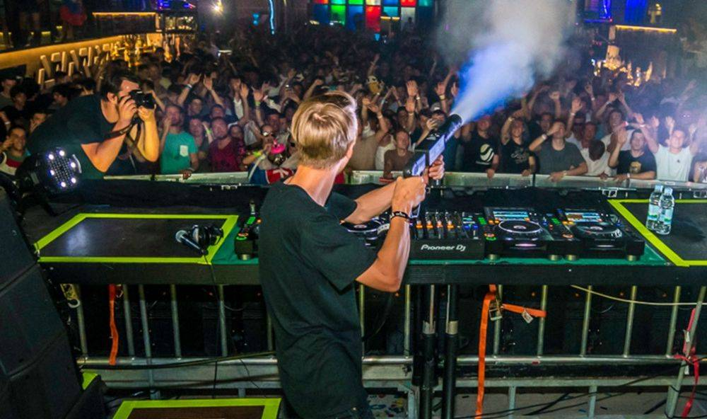 Win tickets to Mesto's Silent Disco for you and a friend!