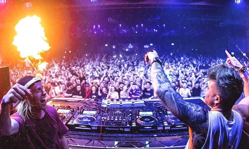 Win tickets to a Will Sparks or Danny Avila show, including a meet & greet!